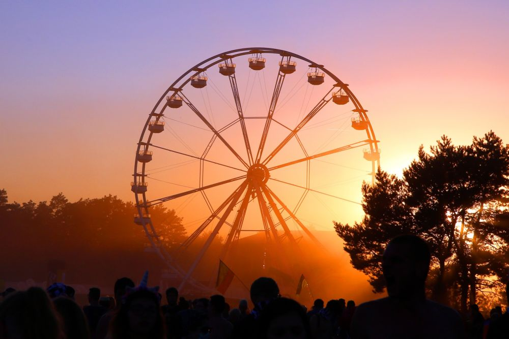 The sun sets over the Pol'and'Rock ferris wheel. Photo credit: Agnieszka Janowska