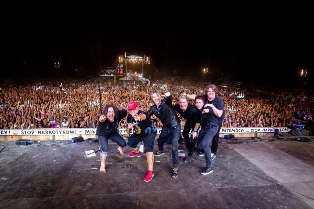 Goo Goo Dolls and Jurek Owsiak on the Pol'and'Rock Main Stage. Photo credit: Damian Mekal