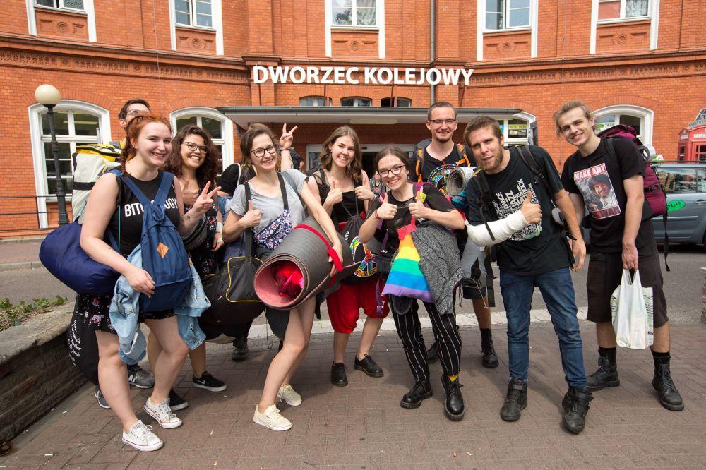 Festiwalowicze dojeżdżają do Kostrzyna nad Odrą fot. Lucyna Lewandowska