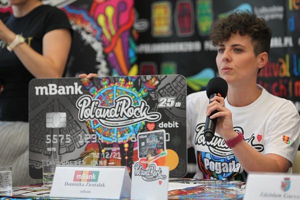 Dominika Zientalak przestawicielka mBank na Konferencji Prasowej w Zielonej Górze fot. Michał Sandecki