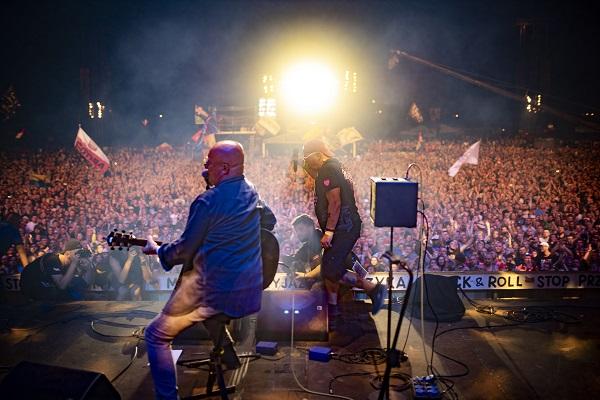 Piotr Bukartyk na zakończeniu 24. Pol'and'Rock Festival fot. Łukasz Widziszowski