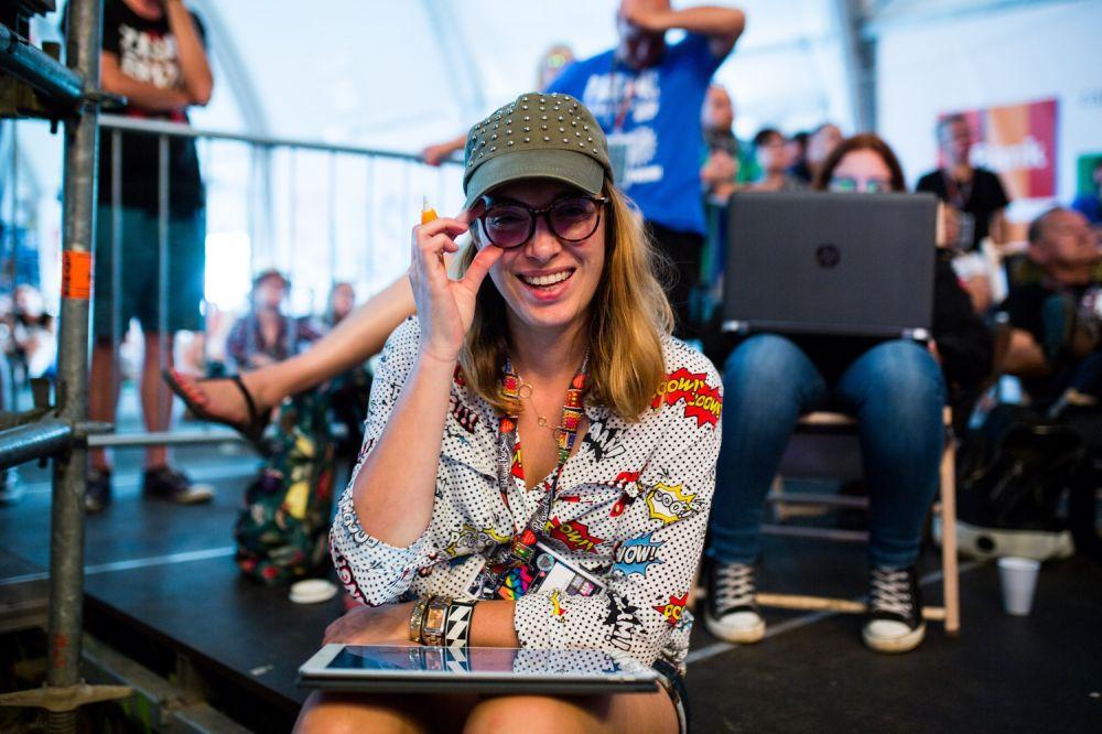 Dorota Kostowska - autorka wspaniałych grafik ze spotkań z ASP fot. Basia Lutzner