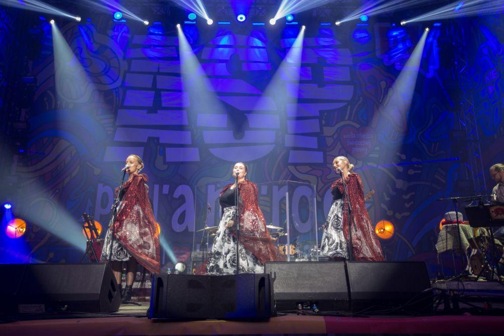 Przepiękny nocny koncert w wykonaniu Tulia fot. Lucyna Lewandowska