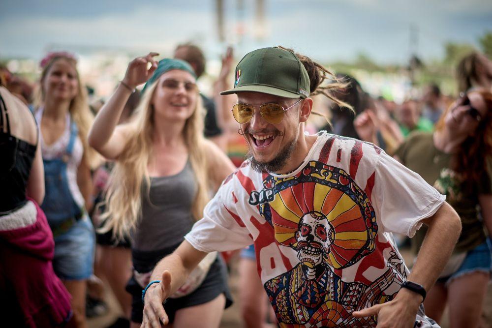 Dance like no-one's watching. Photo Szymon Aksienionek