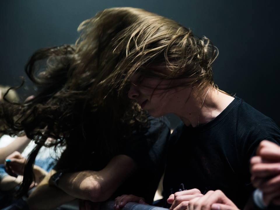 Publiczność pod sceną w trakcie ELiminacji do Pol'and'Rock Festival w Poznaniu - fot. Dawid Ilnicki