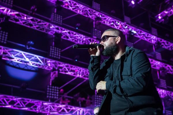 Rafał Karwot, wokalista zespołu Tabu podczas 24. Festiwalu Pol'and'Rock na Dużej Scenie for. Stanisław Wadas